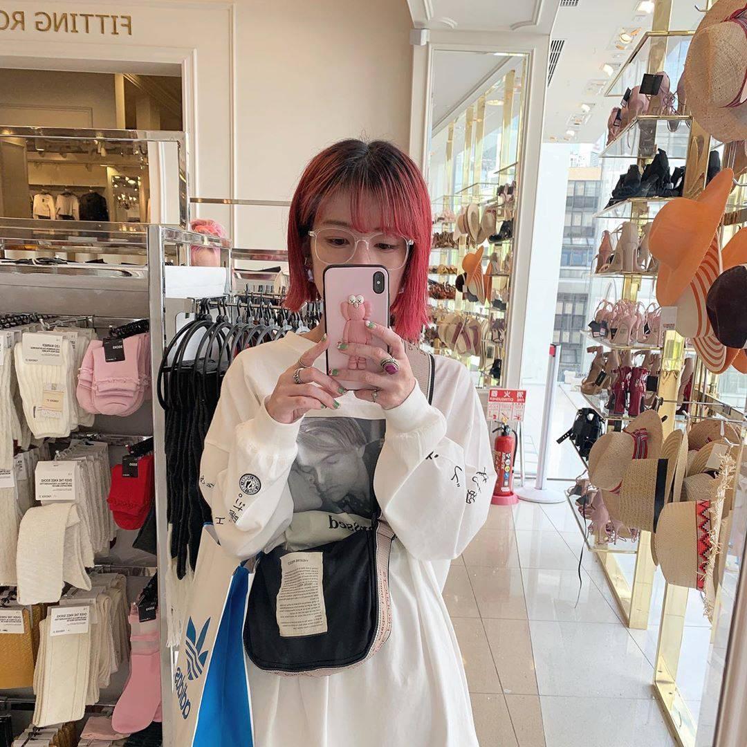 最高気温29度・最低気温21度 rira_yukariの服装