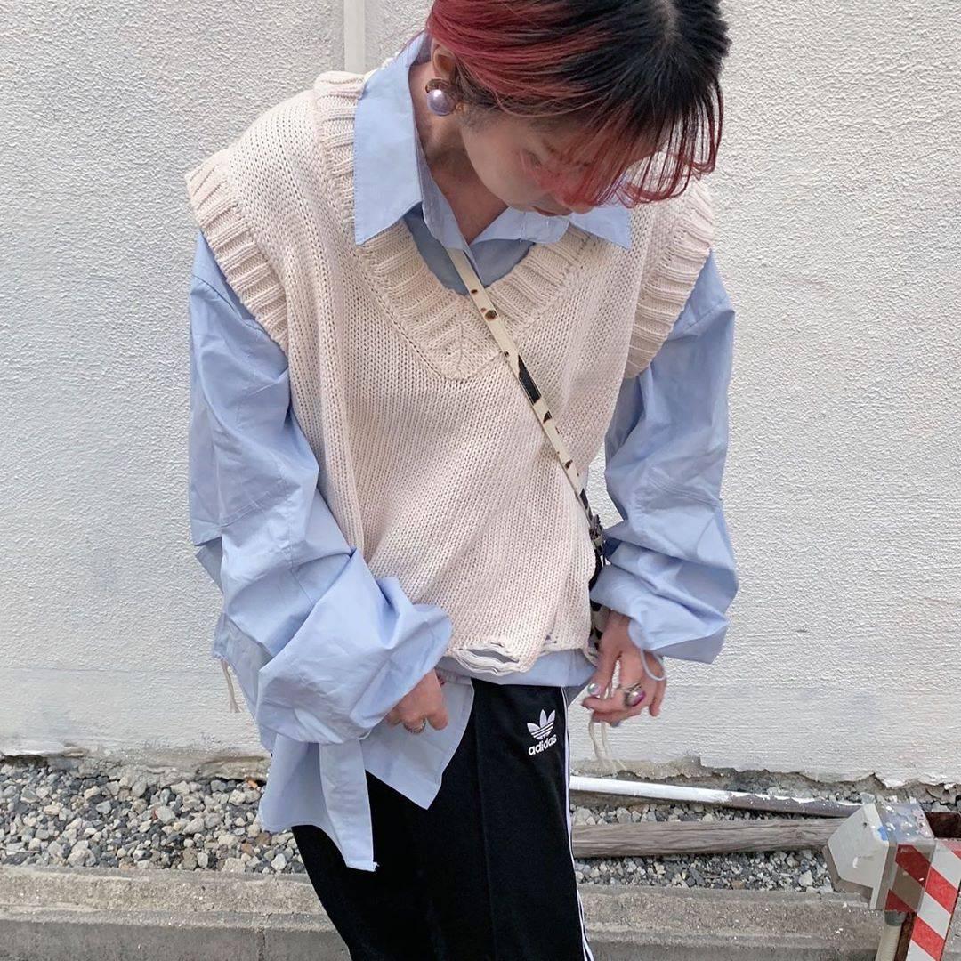 最高気温25度・最低気温17度 rira_yukariの服装