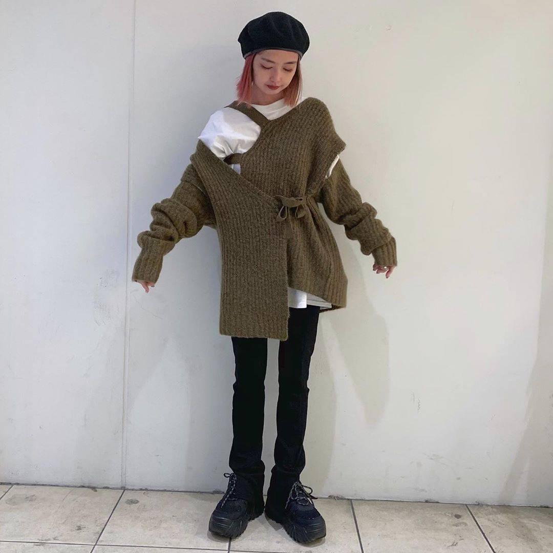 最高気温21度・最低気温8度 rira_yukariの服装
