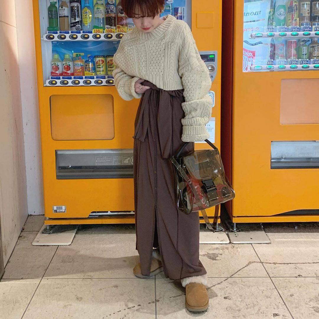 最高気温19度・最低気温12度 rira_yukariの服装