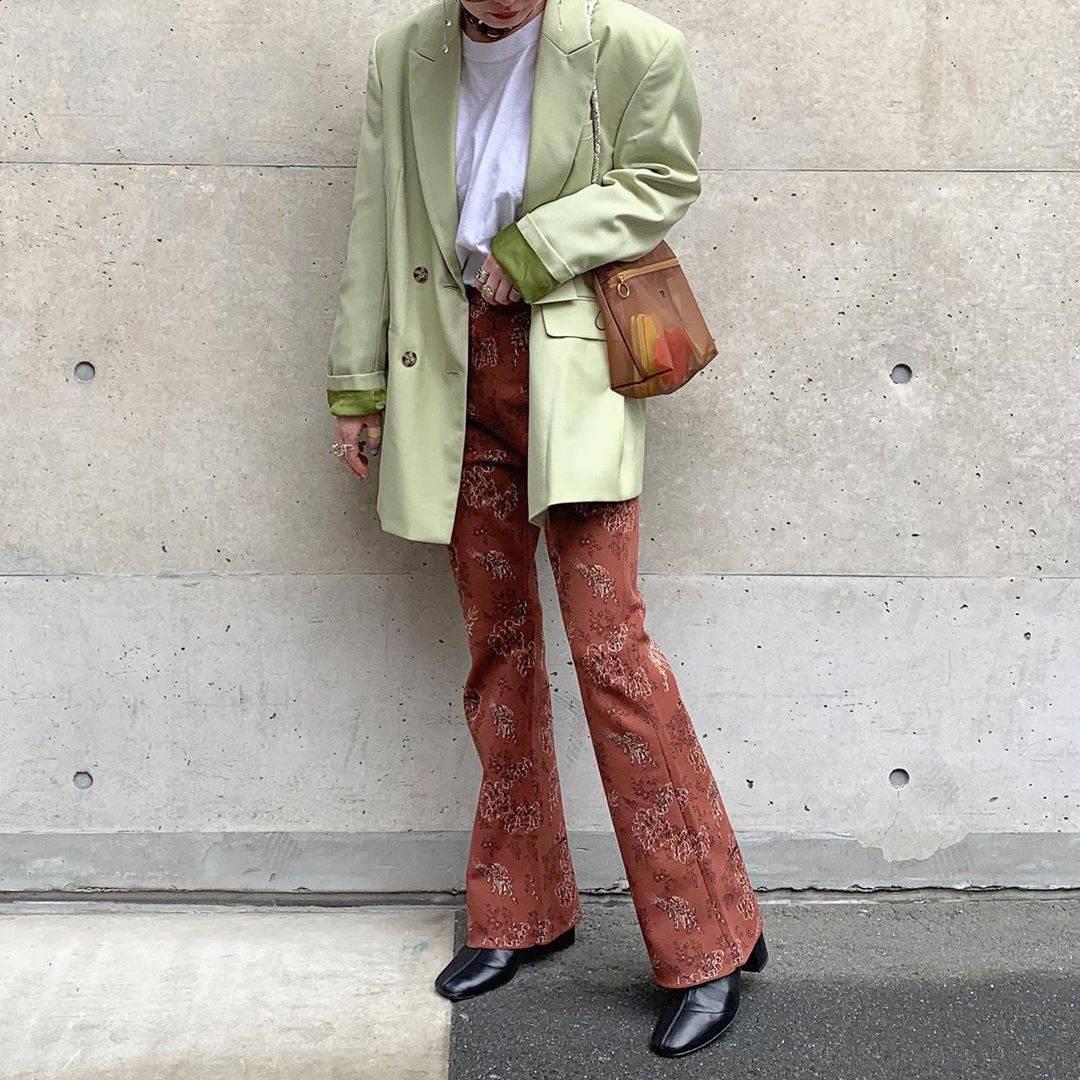 最高気温18度・最低気温12度 rira_yukariの服装