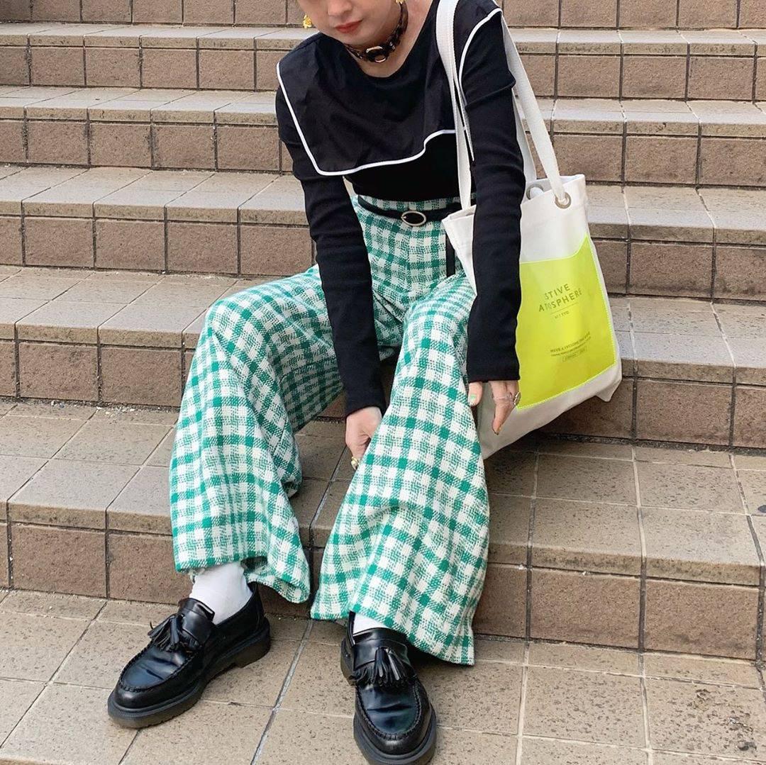 最高気温22度・最低気温6度 rira_yukariの服装