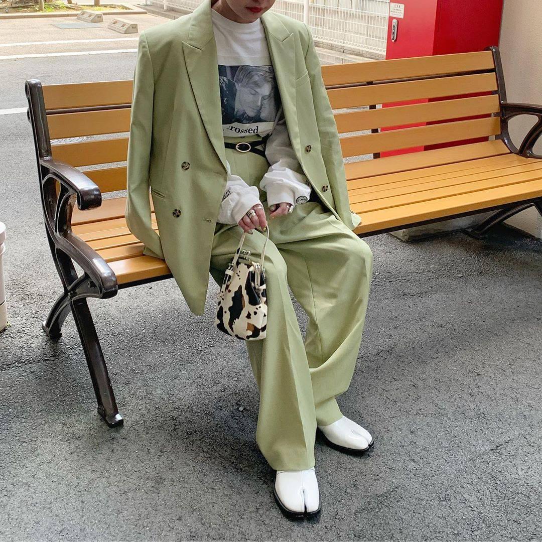 最高気温16度・最低気温3度 rira_yukariの服装