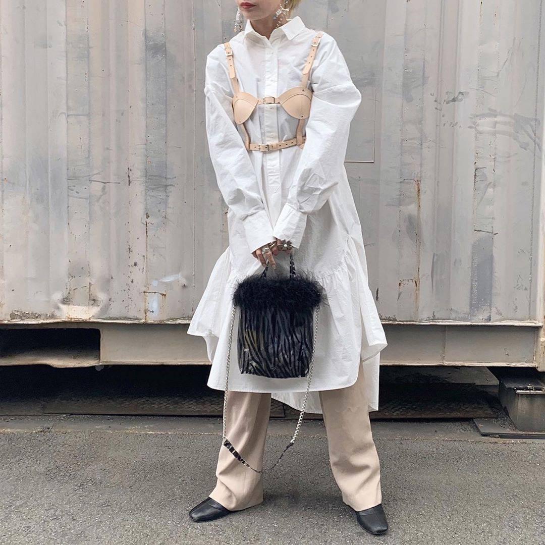 最高気温18度・最低気温5度 rira_yukariの服装