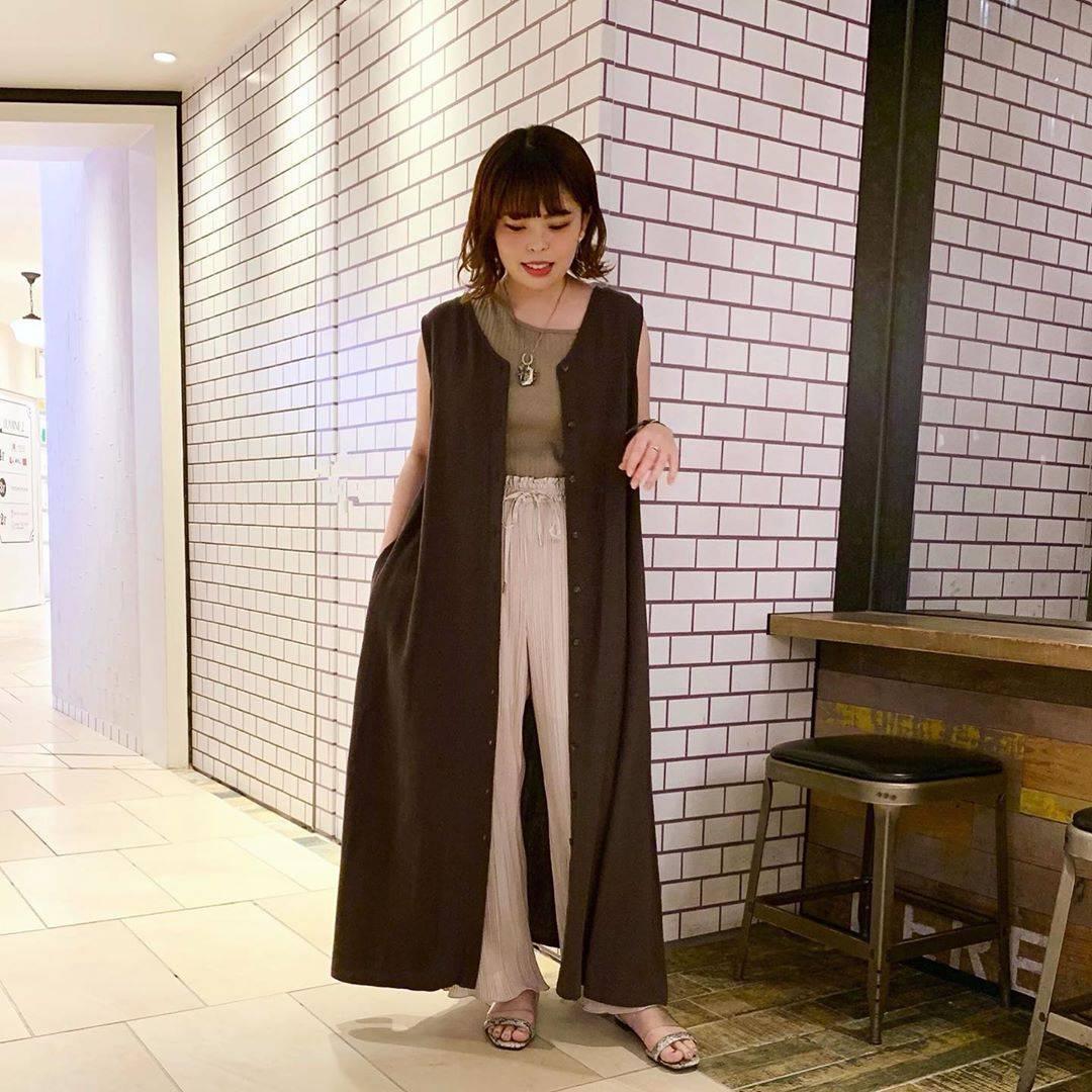 最高気温29度・最低気温22度 sumire__apの服装