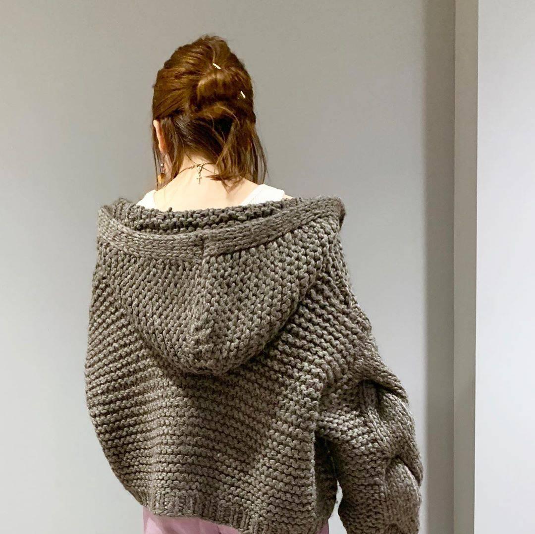 最高気温27度・最低気温17度 sumire__apの服装