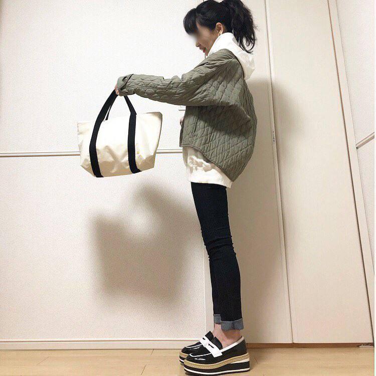 最高気温19度・最低気温5度 takanogunsou0805の服装