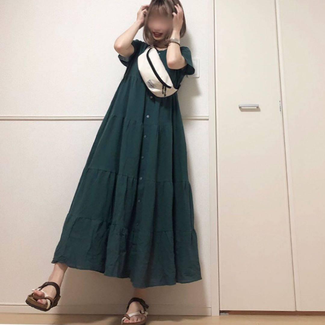 最高気温33度・最低気温26度 takanogunsou0805の服装