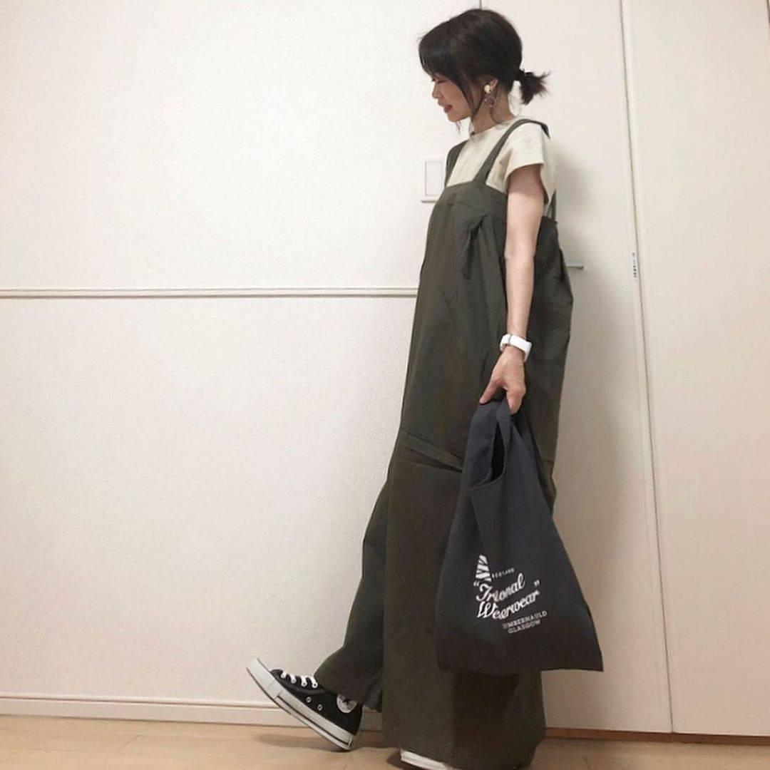 最高気温32度・最低気温25度 takanogunsou0805の服装