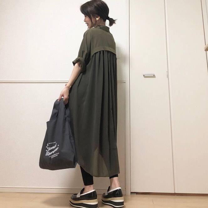 最高気温28度・最低気温22度 takanogunsou0805の服装