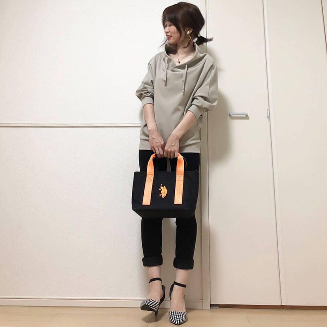 最高気温33度・最低気温24度 takanogunsou0805の服装