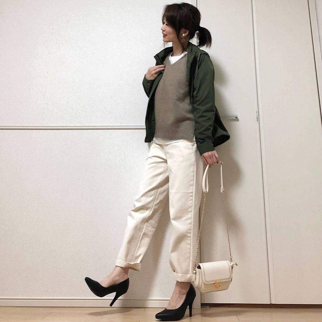 最高気温22度・最低気温12度 takanogunsou0805の服装