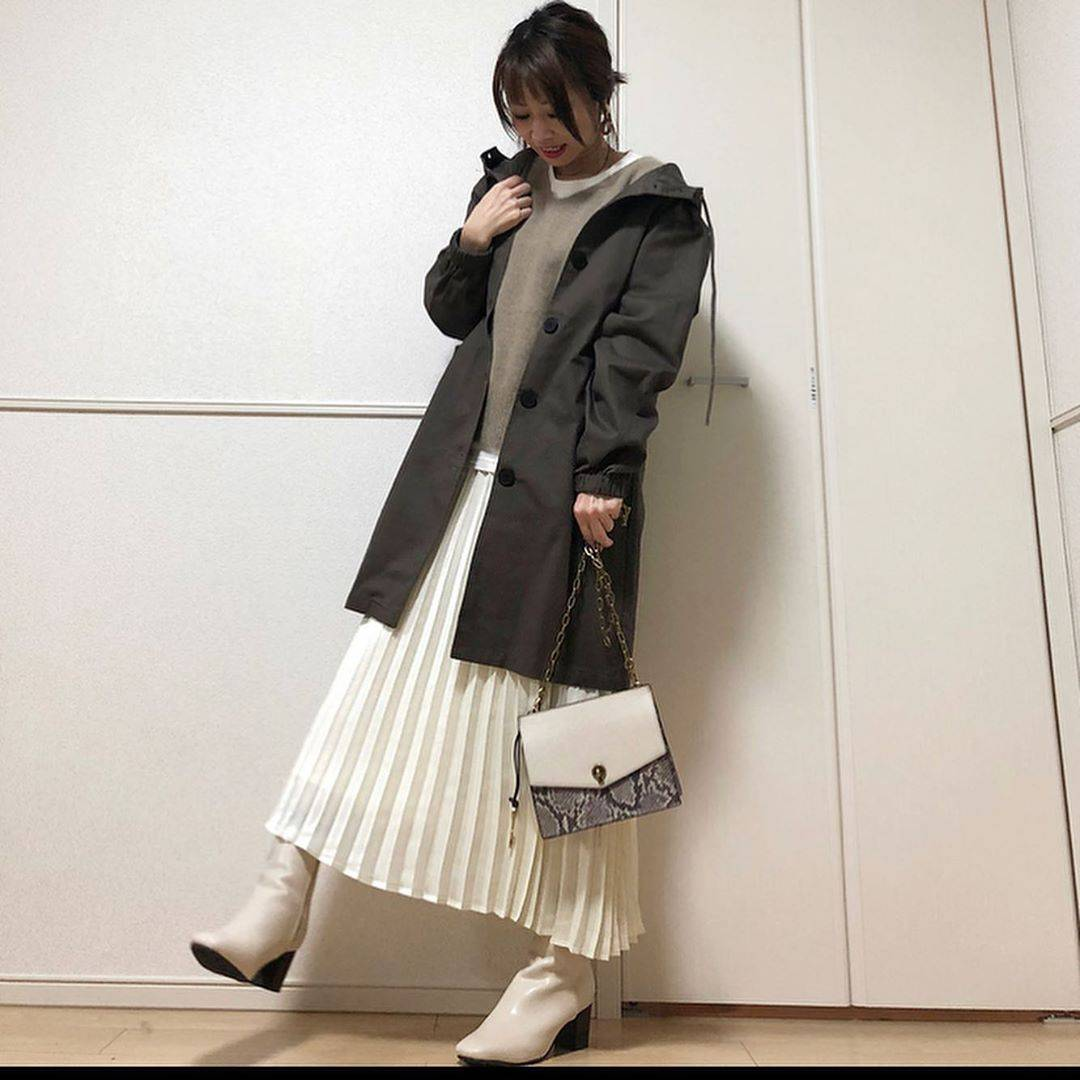 最高気温17度・最低気温10度 takanogunsou0805の服装