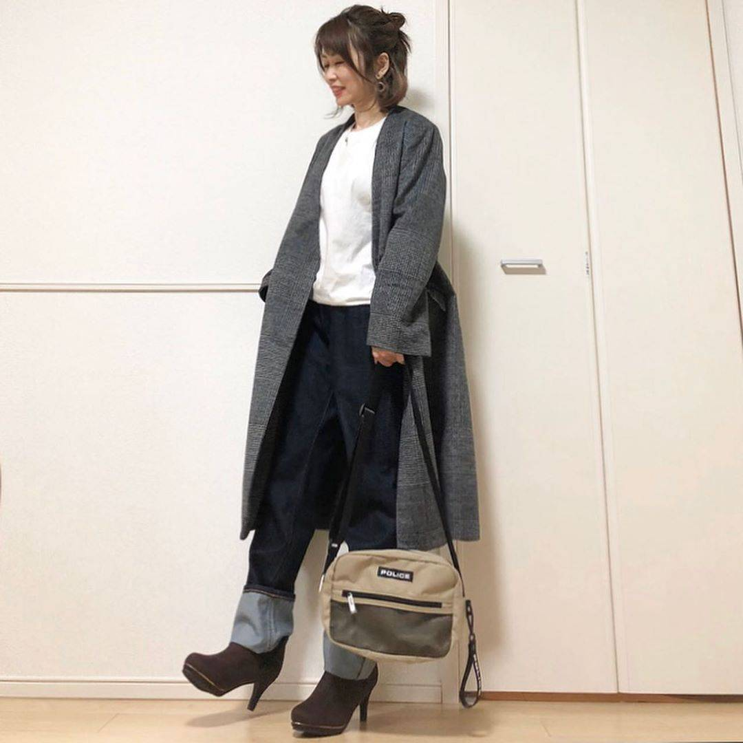 最高気温22度・最低気温11度 takanogunsou0805の服装