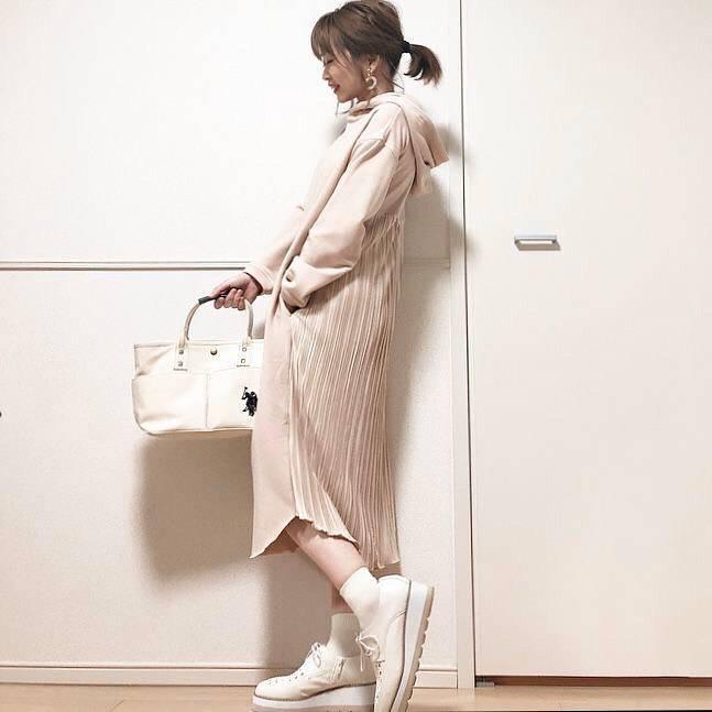 最高気温23度・最低気温10度 takanogunsou0805の服装