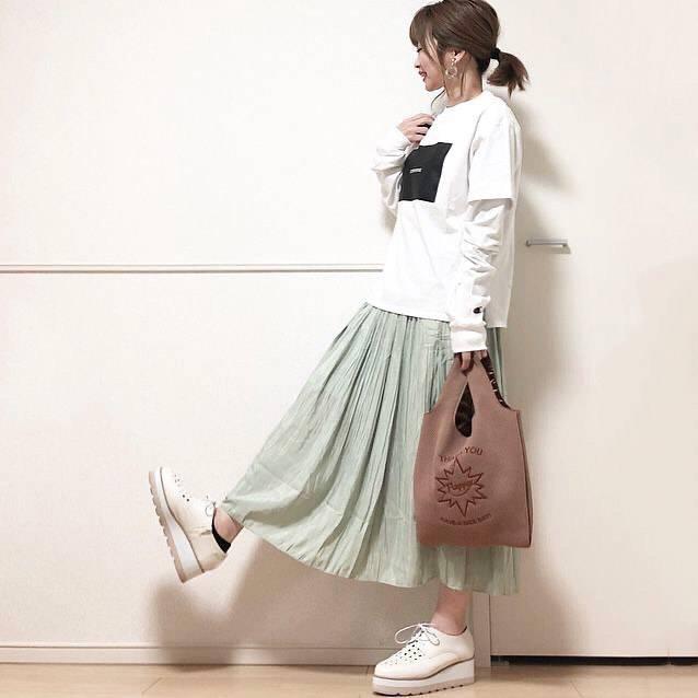 最高気温20度・最低気温5度 takanogunsou0805の服装