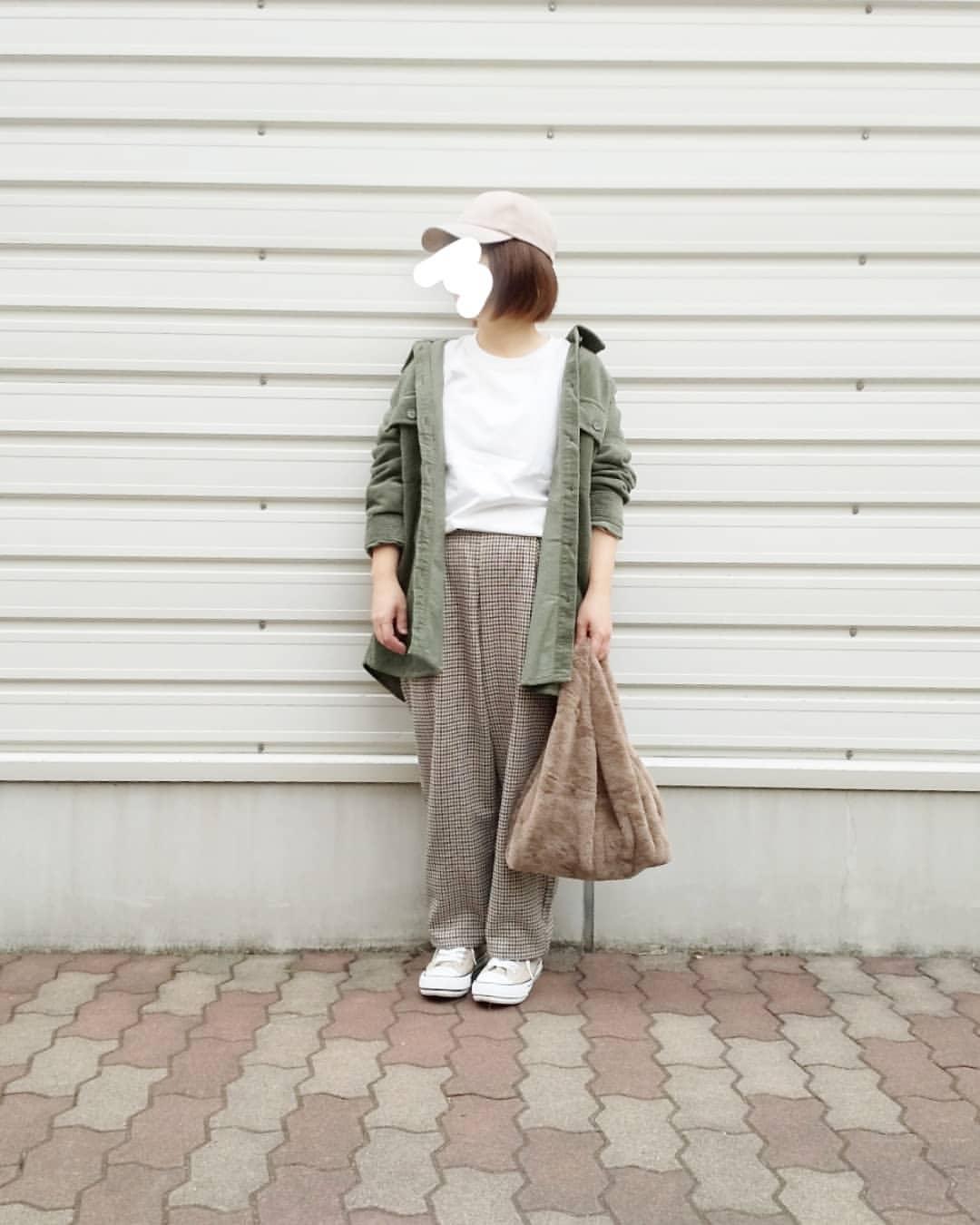 最高気温21度・最低気温16度 yoco_145cmの服装