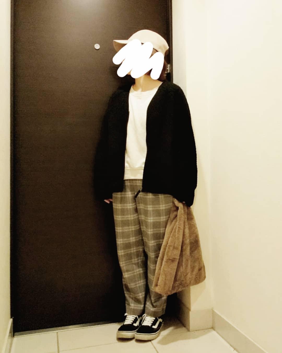 最高気温22度・最低気温14度 yoco_145cmの服装
